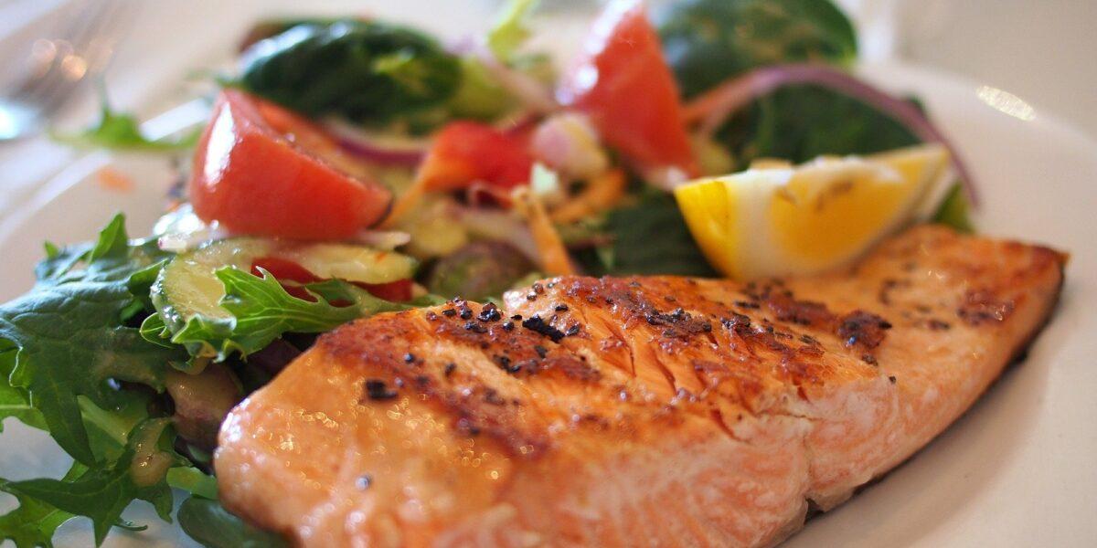 Conheça os benefícios de incluir peixe na alimentação