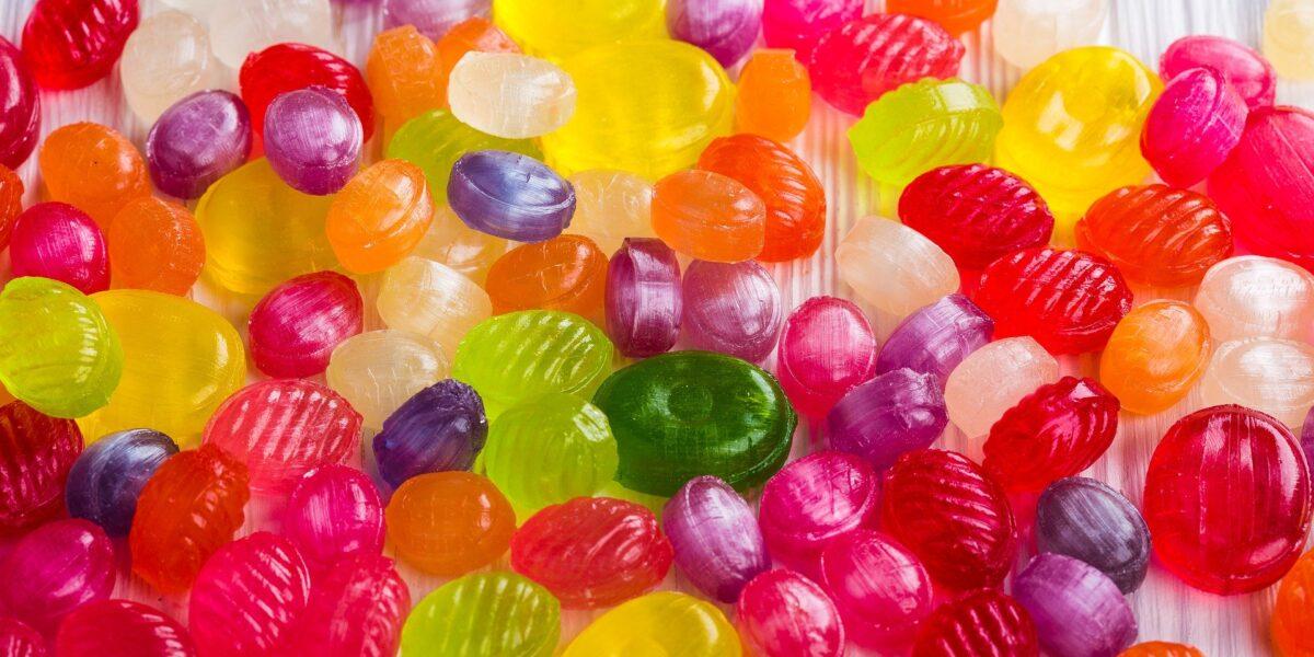 Os malefícios do açúcar refinado para sua saúde